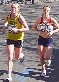 Jenny Murray in the closing stages of the Flora London Marathon