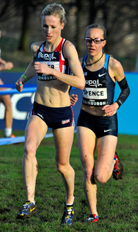Elle Baker overtook the USA team captain Neely Spence in the final 200 metres fo